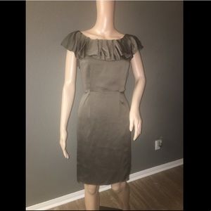 Banana Republic Dress in Olive color - 100% Silk